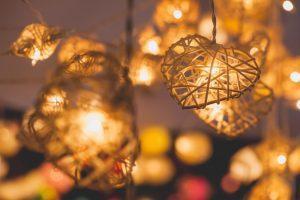 Cum sa faci lampi din obiecte reciclate