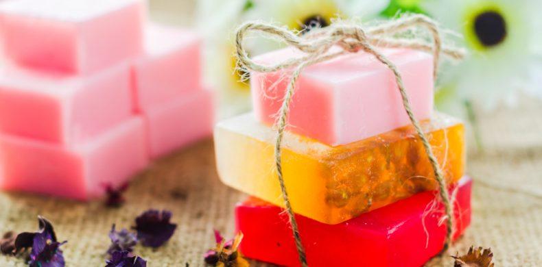 Cum să faci săpun de casă – rețete rapide, la îndemâna ta