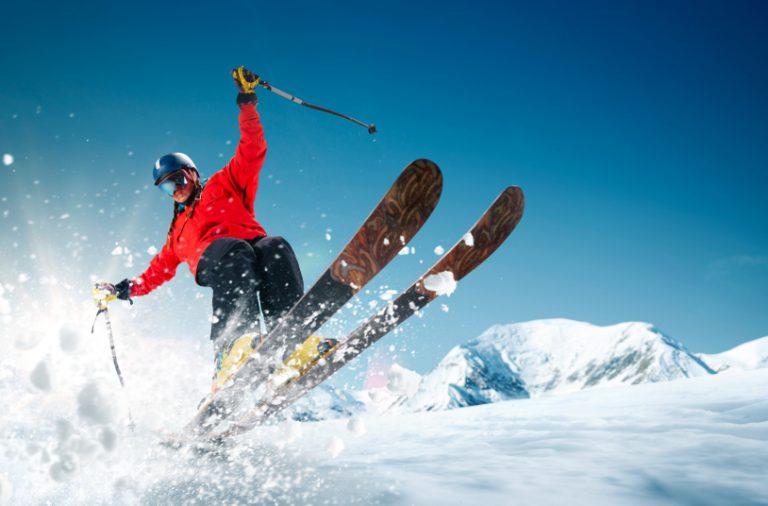 Echipament de schi