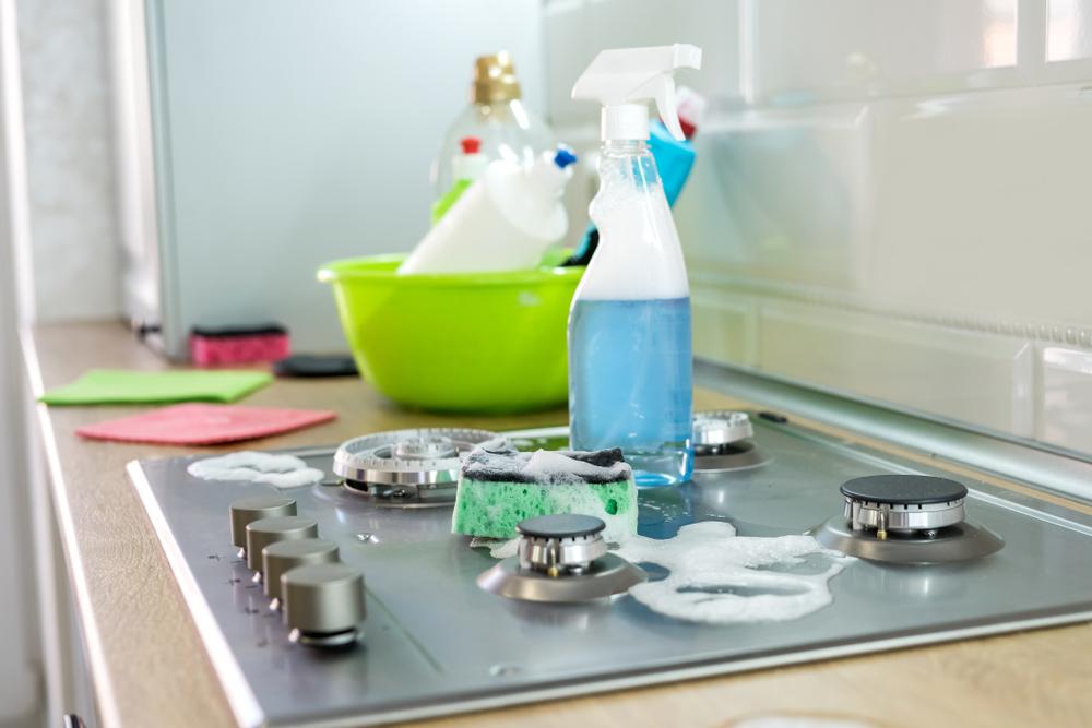 Solutii pentru curatare si dezinfectare
