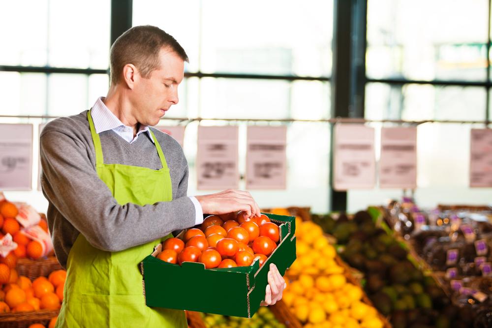 Afacere locala cu fructe si legume