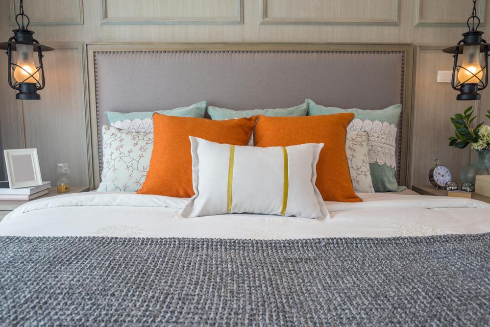 tablie pentru pat din rama veche