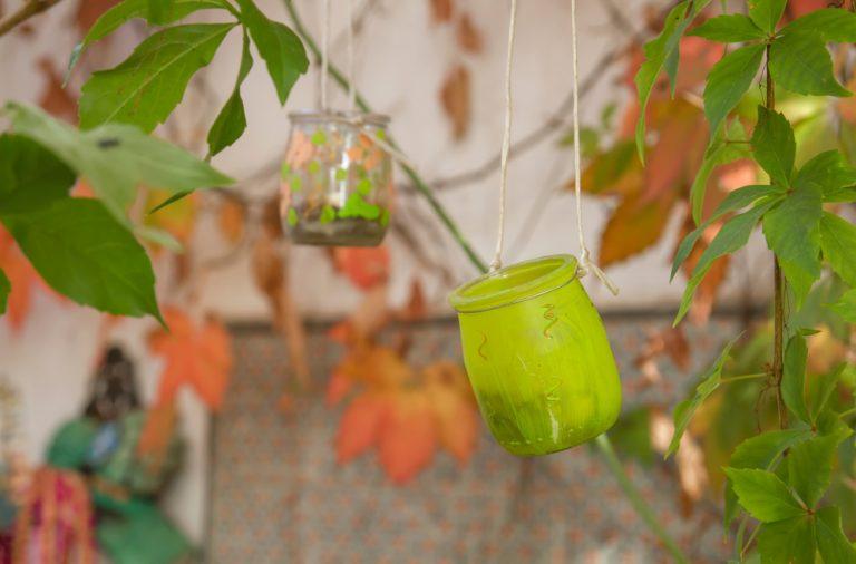 Idei creative pentru decoratiuni din sticle si borcane