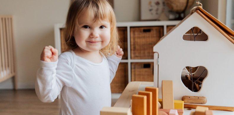 Sfaturi și idei pentru amenajarea camerei copilului (cu buget redus)