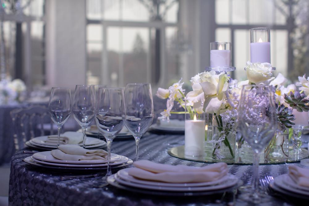 cum decorezi masa de nunta
