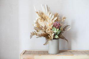 aranjamente florale cu frunze uscate