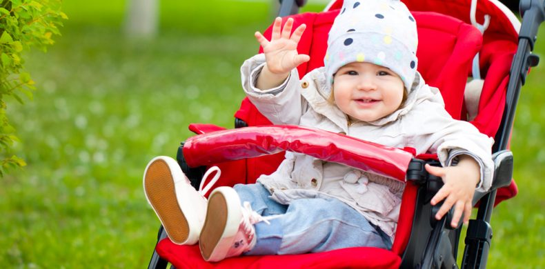 Transportarea bebelușului: ce variante ai și când îți este fiecare de folos