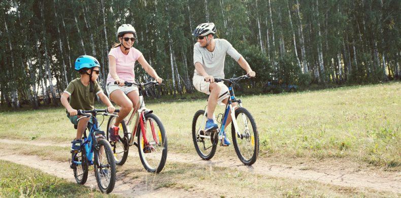 Mersul pe bicicletă: beneficii și ce mușchi te ajută să lucrezi