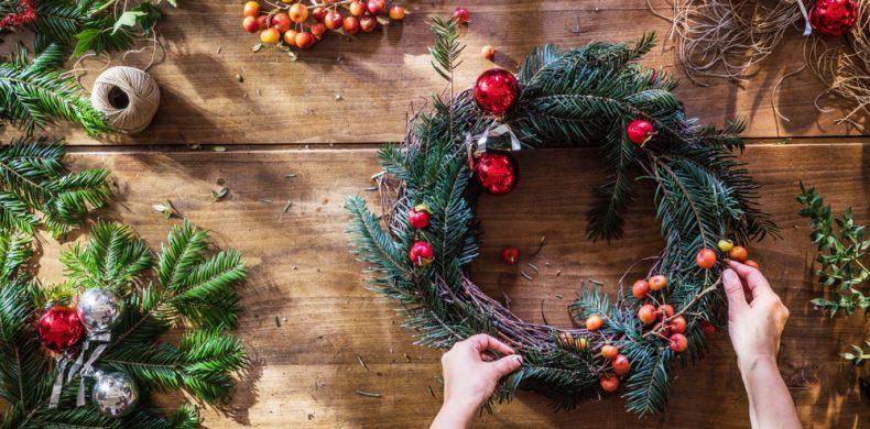 Idei și sfaturi pentru cele mai frumoase coronițe de Crăciun – cum le confecționezi chiar tu