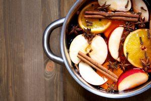 reteta de vin fiert cu mere si scortisoara
