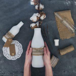 vaze decorative din sticle reciclate