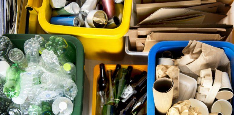 5 lucruri care nu se aruncă în containerele de reciclare de pe stradă – ce poți să faci cu acestea