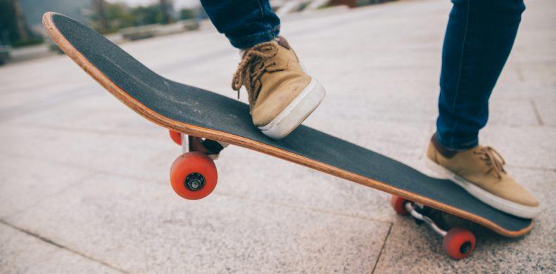 Cum îți alegi prima placă de skateboard și la ce să fii atent când o cumperi