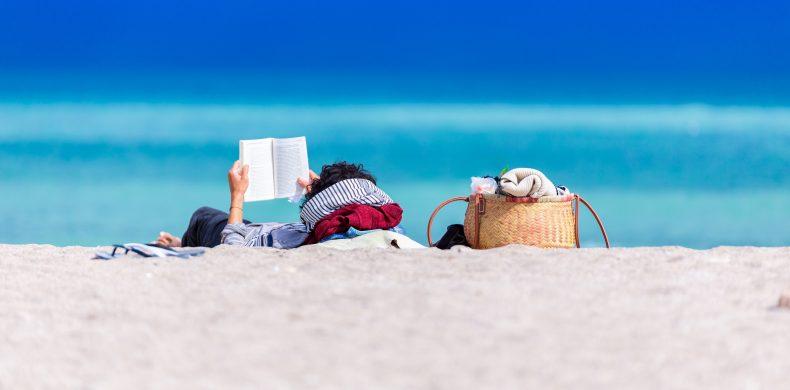 Cum să te pregătești pentru plajă: lista completă de lucruri utile