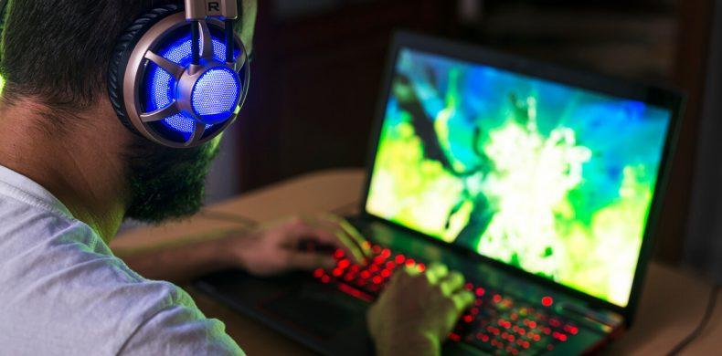 Cele mai bune laptopuri pentru gaming 2021
